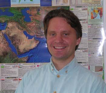 dr. Magnús Þorkell Bernharðsson
